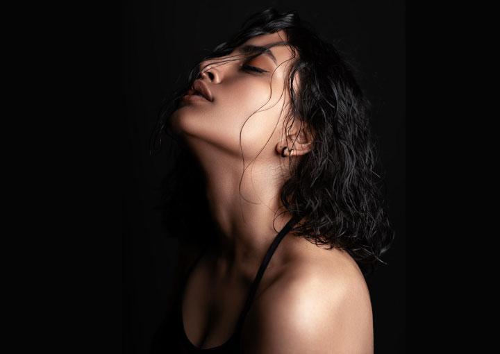 hot Pakistani woman
