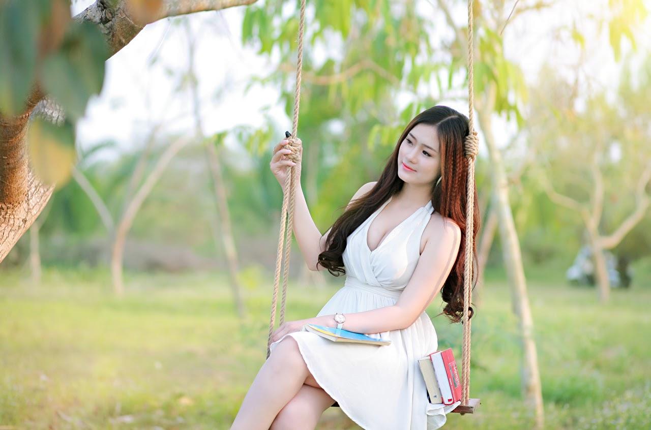 Modest Vietnamese woman