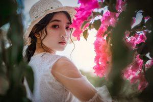 charming Maldivian girl bride