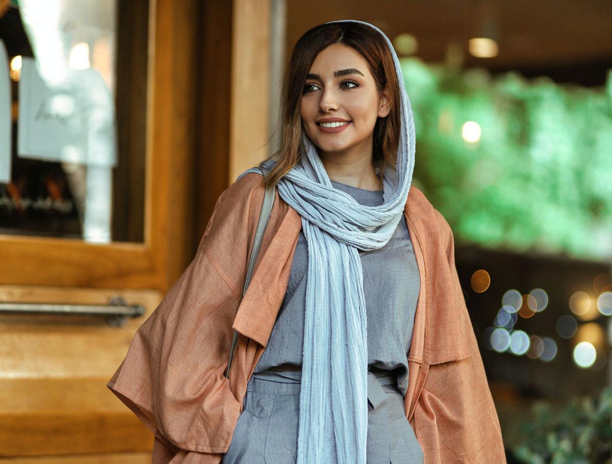 beautiful Syrian muslim woman